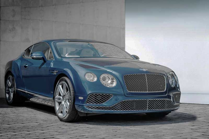 Man berries his Bentley