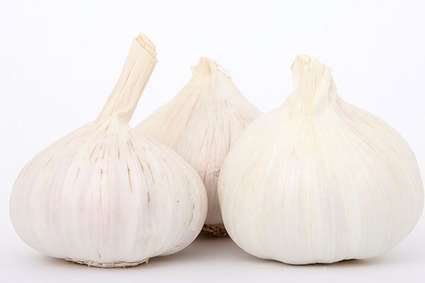 Garlic can actually reduce stretch marks