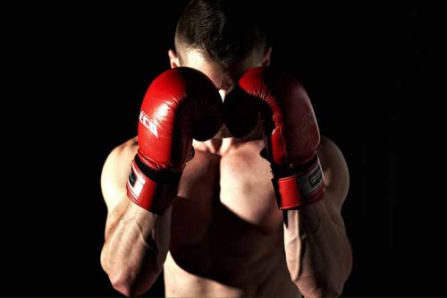 How boxers build muscles without lifting weights?