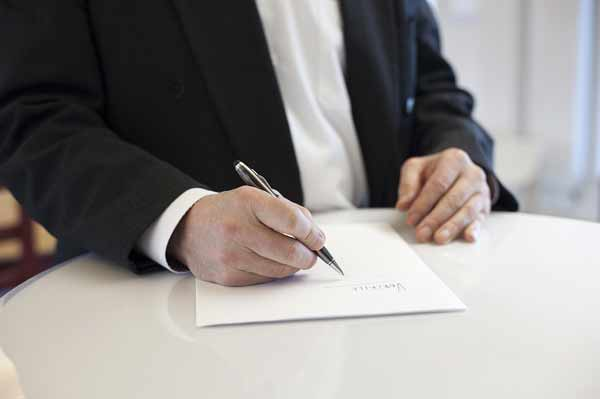 know personality by signatures