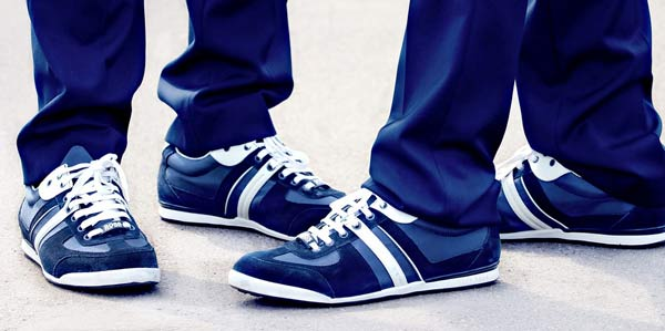 Best Athleisure shoes to wear with Khakis