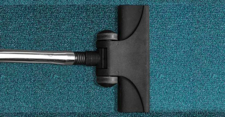 5 Best Vacuum Cleaners For Stairs