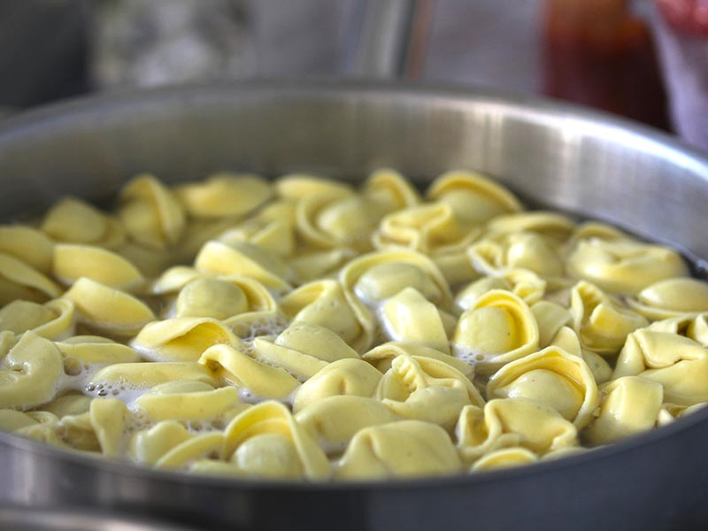 Pasta Pot With A Strainer